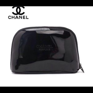 HP!Chanel makeup bag