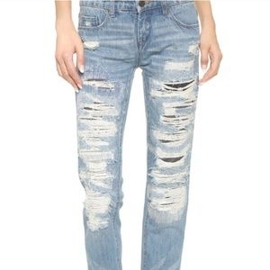 Blank NYC Denim - Blank NYC distressed slim boyfriend jean size 24