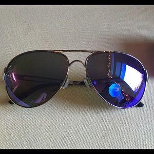 1805c56b281 Oakley Accessories - OAKLEY caveat polarized- violet haze collection