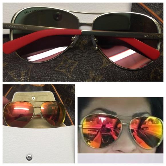 9cc8684d40 MichaelKors Chelsea MK5004 Gold Aviator Sunglasses.  M 56ee4354a88e7df5df04fa4e