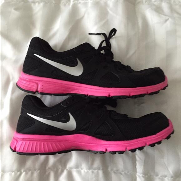 Nike Shoes | Nike Revolution Black