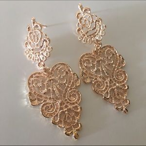CindyLBB Jewelry - 👸🏻 Amirah Earrings 👸🏻
