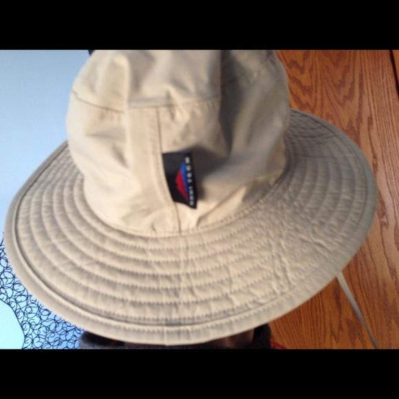 07e07864e99f7 Columbia Accessories - Columbia sun hat Omni-tech waterproof breathable