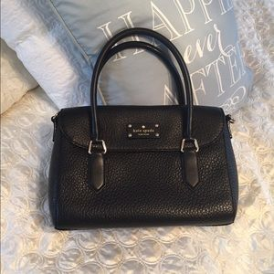Kate Spade Black Leather Beau Bottom Bag Like New