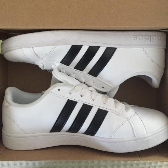 Adidas Neo Baseline size 8