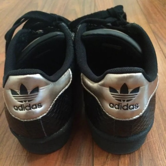 Adidas Superstar 2 5 Shoes black gold Stuff to Buy