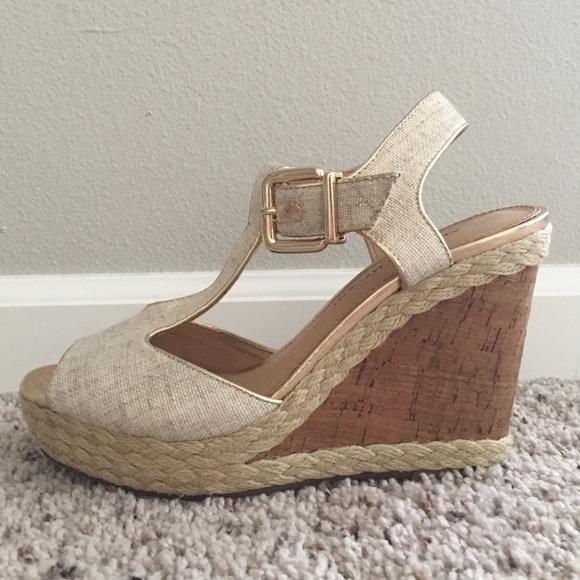 25b61f0fecf ANTONIO MELANI Shoes - Antonio Melani Marlene Tan  Gold Wedge Sandal
