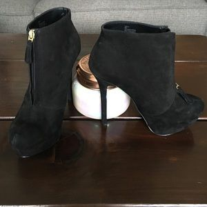 Shoemint black suede platform stiletto booties