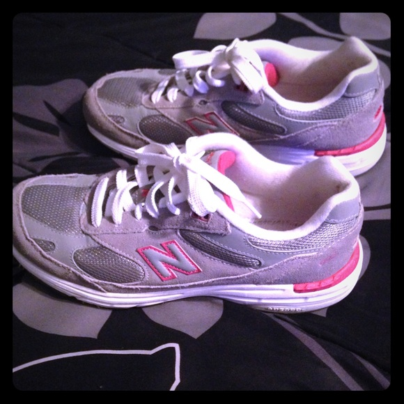 new balance 993 tennis shoes