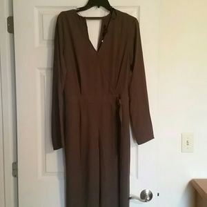 Other - Brown classy 1 puece jumper size large