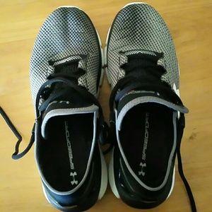 Bajo Zapatos Para Correr Speedform Fortis De Las Mujeres De La Armadura IPIQjvBmqv