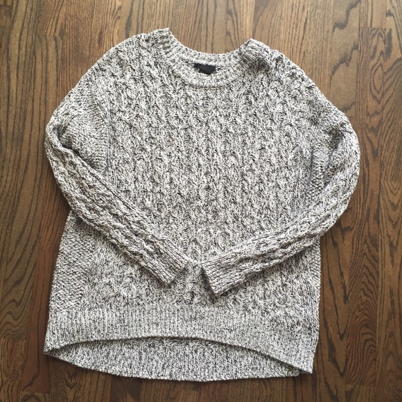 132e9304b5ed8 H M Sweaters - H M oversized cable knit sweater size Small