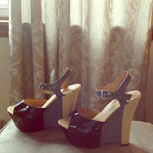 Liliana Shoes - Colorblock Wedges