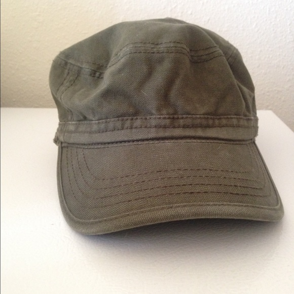 cce8bb9c6c6 Olive green distressed cadet hat. M 56ef1fe9c284569d2200f222