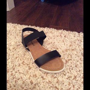 Atrevida Shoes - Cute Black Sandals ‼️Final Price Drop‼️2 Pair