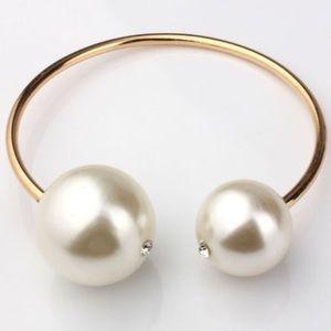 Double Pearl cuff