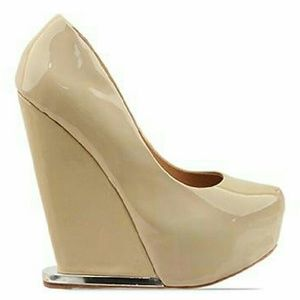 L.A.M.B. Shoes - L.A.M.B. Dorothee Wedge