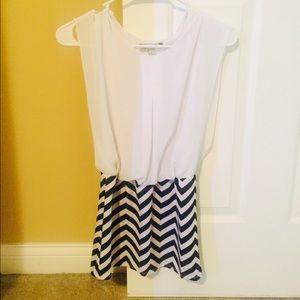 Dresses & Skirts - Little girls dress size 8