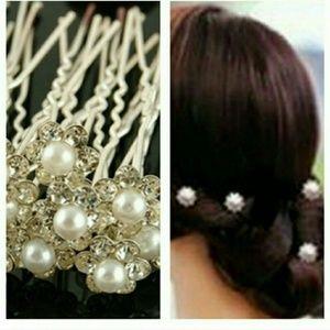 Accessories - HAIR JEWELRY;PEARLS⚬ & RHINESTONES 💎(SET OF 4)