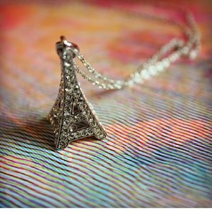 THE AURORA CO. Eiffel Tower necklace