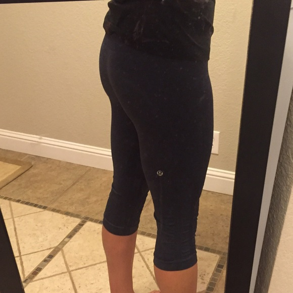 b55e548cc4 lululemon athletica Pants | Lululemon Flow Go Crop | Poshmark