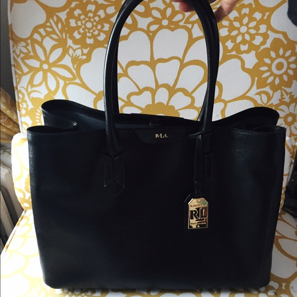 4eea8e1dac4b Authentic Ralph Lauren Tate City Tote. M 56f018e27fab3ad52200026e