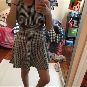 Polka dots skater-dress