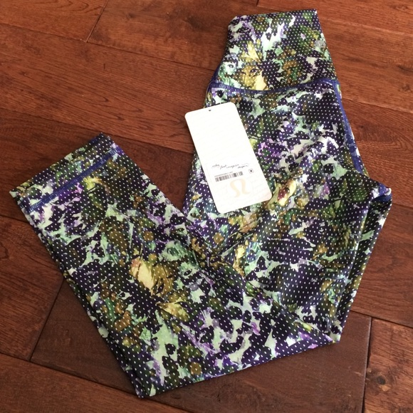 lululemon athletica Pants - NWT Lululemon wunder under crop