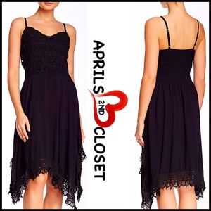 ❗️1-HOUR SALE❗️Monoreno DRESS Black Slip Crochet