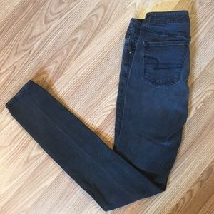 American Eagle Outfitters Jeans - 💕🌺 Black American Eagle Outfitters Skinny Jeans