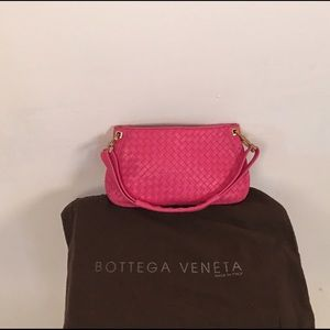 Bottega Veneta pink woven clutch/shoulder handbag