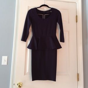 Alice & Olivia navy peplum dress. Worn once!! Sz 2