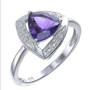 Jewelry - Sterling silver amethyst CZ ring