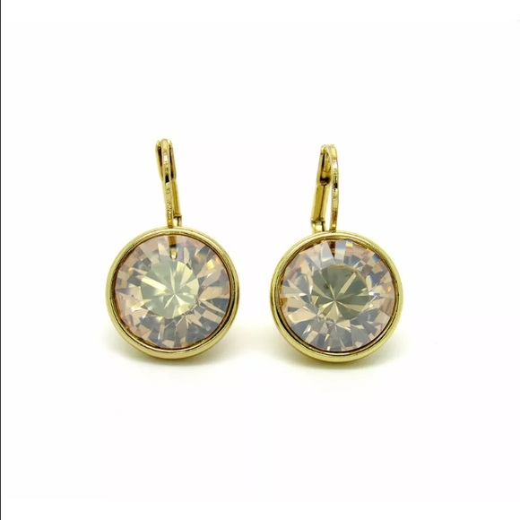 9e09dcc87c9e Classic gold earrings with Swarovski Crystals