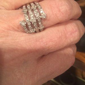 Jewelry - Diamond ring.