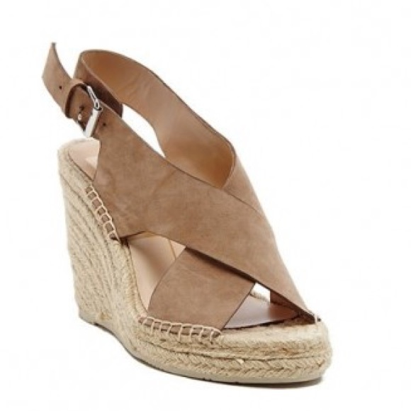 405afae245f9 Dolce vita savoy wedge sandals