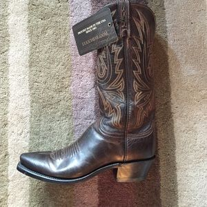 Lucchese Shoes - Lucchese 1883 Chocolate Mad Dog Boots!