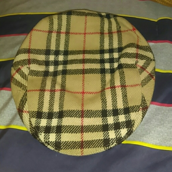 Burberry Accessories - Burberry vintage Wool flat cap b472d3e8a05