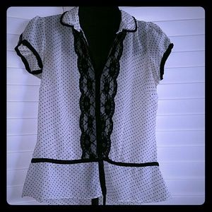ⓂForever21- Black & White Lace and Polka Dot Blous