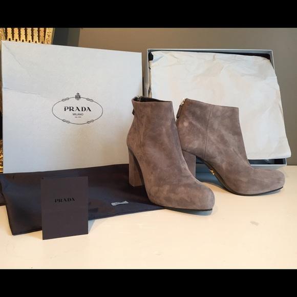 4cc05ba7 Authentic Prada grey suede ankle booties!
