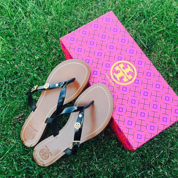 2a63dd61dafb7  Tory Burch  Monogram Flat Thong Sandals