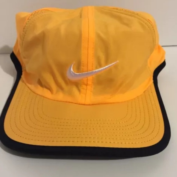fe69341d0e13 Nike Dri-Fit Tennis Hat Featherlight Cap Mango