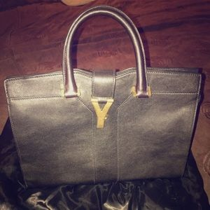 YSL Petite Ligne Y' Leather Tote in black