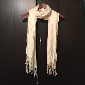 NWT Forever 21 cream scarf