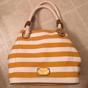 Michael kors medium grab bag