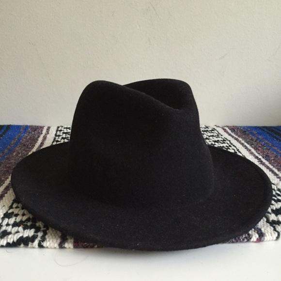 caf9141c87da0 ZARA Wool Wide Brim Fedora Hat. M 56f0a06b6a5830519d0011f0