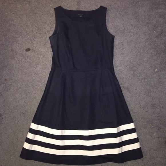 604b574c Tommy Hilfiger Navy/White Striped Dress. M_56f0a1272de51253d6001163