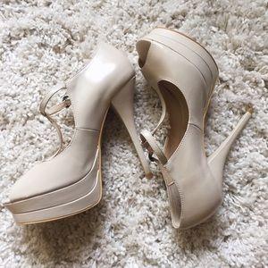 N.Y.L.A Off White Platform Heels