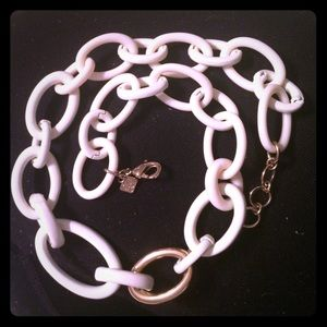 Banana republic white and gold chain link necklace