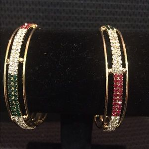 Jewelry - Golden round colorful bangles